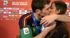 Baiser Casillas